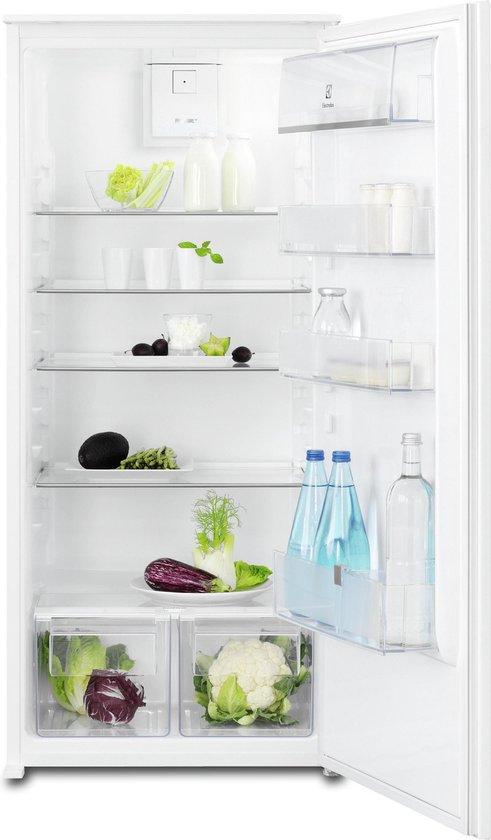Koelkast: Electrolux ERN2212BOW Ingebouwd 208l A++ Wit koelkast, van het merk Electrolux