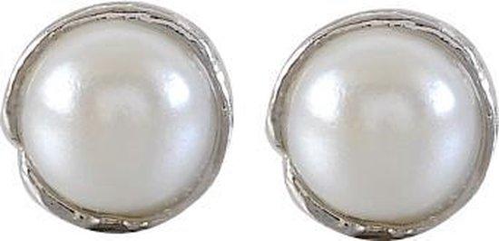 Klassieke oorsteker met parel