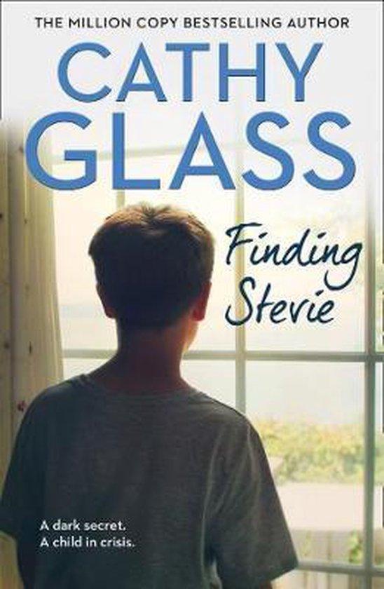 Boek cover Finding Stevie van Cathy Glass (Paperback)