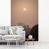 Silhouet van de Indiase Fatehpur Sikri in Azië op een mistige ochtend fotobehang vinyl breedte 180 cm x hoogte 270 cm - Foto print op behang (in 7 formaten beschikbaar)
