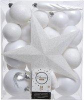 33x Winter witte kunststof kerstballen 5-6-8 cm - Mix - Onbreekbare plastic kerstballen - Kerstboomversiering wit