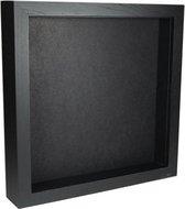 Elegant zwart houten lijst 25 cm x 25 cm met zwarte achtergrond