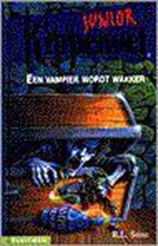 Boek cover Een vampier wordt wakker van R.L. Stine (Hardcover)
