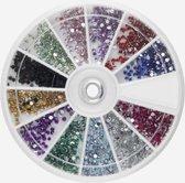 Doosje Rhinestone 1200 Stuks - Goede Kwaliteit -  Nail Art Diverse Kleuren / Strass nagel steentjes / Nagel diamantjes / Nail art