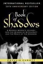 Boek cover Book of Shadows van Phyllis Curott (Onbekend)