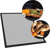 Krumble Barbecue grill mat teflon - 33 x 40cm - Barbecue accessoires - Op maat te knippen - Anti kleef -BBQ grill mat - Bescherm mat - BBQ mat Hittebestendig  Zwart