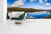 Fotobehang vinyl - Panorama van een reflectie in het Nationaal park Abisko in Zweden breedte 840 cm x hoogte 360 cm - Foto print op behang (in 7 formaten beschikbaar)