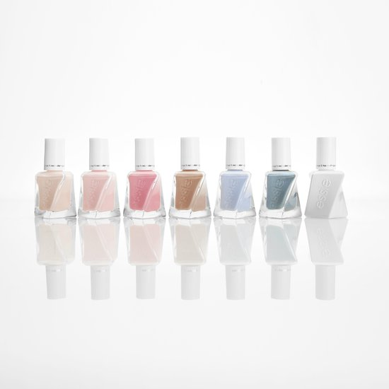 Essie gel couture Ballet Nudes - 435 lace me up - Gel Nagellak