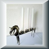 Unieke kandelaar van metaal, model paard voor 3 kaarsen