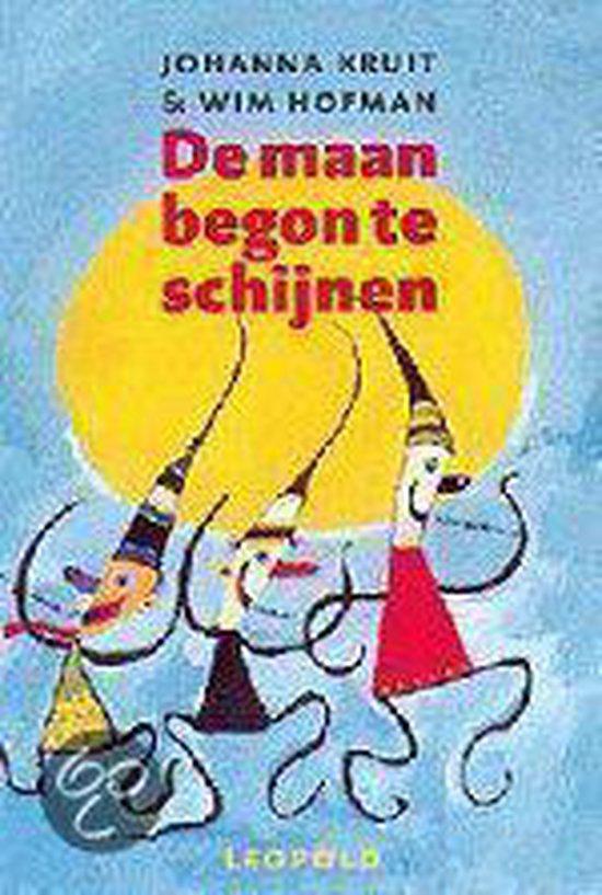 Cover van het boek 'De maan begon te schijnen' van Johanna Kruit