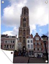 De Dom in Utrecht bij een wolkenlucht Tuinposter 120x160 cm - Tuindoek / Buitencanvas / Schilderijen voor buiten (tuin decoratie) XXL / Groot formaat!