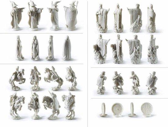 Thumbnail van een extra afbeelding van het spel The Lord of the Rings Chess Set BORDSPELLEN