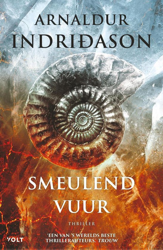 Boek cover Smeulend vuur van Arnaldur Indridason (Paperback)