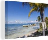 Strand van het Noord-Amerikaanse Isla Mujeres met boten Canvas 140x90 cm - Foto print op Canvas schilderij (Wanddecoratie woonkamer / slaapkamer)