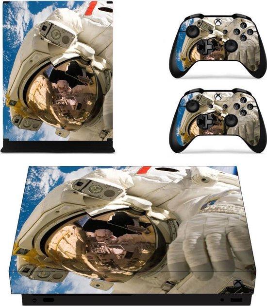 Astronaut – Xbox One X skin