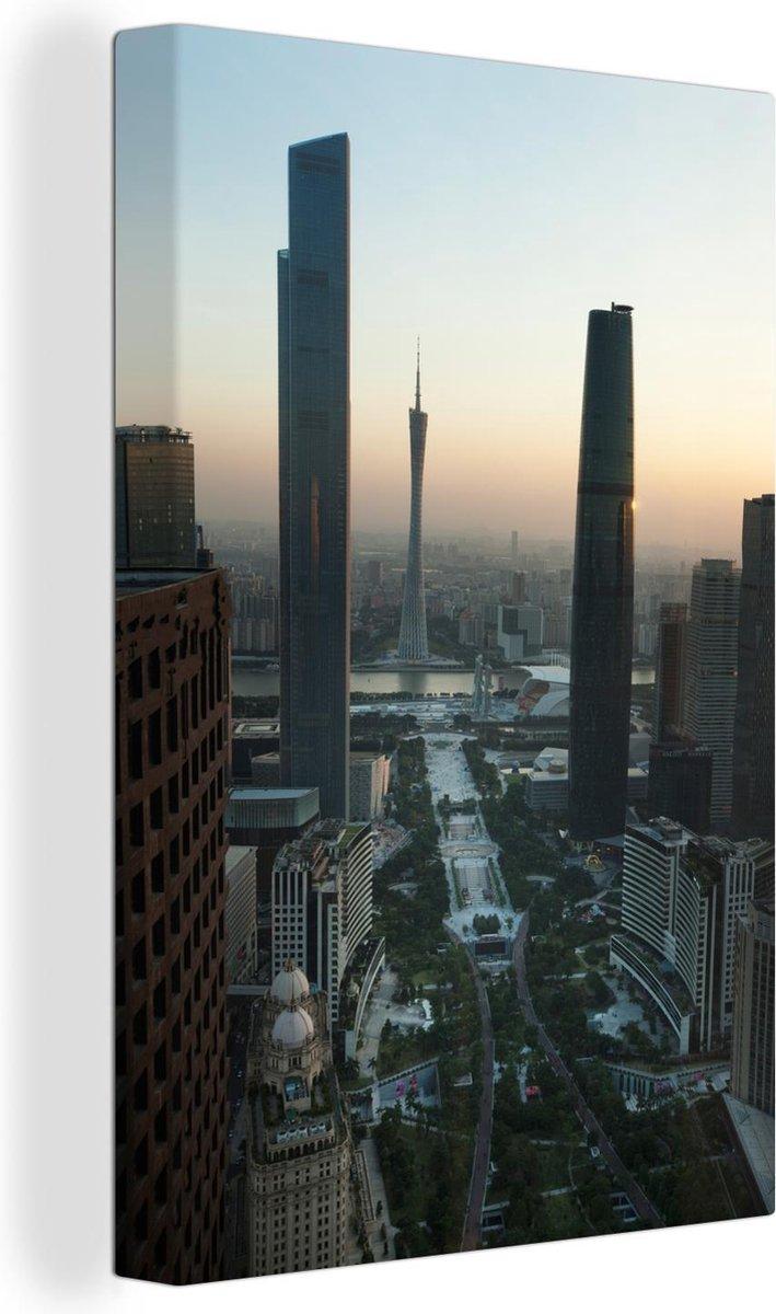 Zonnestralen over Guangzhou Canvas 40x60 cm - Foto print op Canvas schilderij (Wanddecoratie woonkamer / slaapkamer) / Aziatische steden Canvas Schilderijen