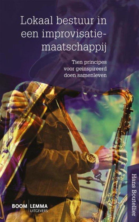 Boek cover Lokaal bestuur in een improvisatiemaatschappij van Hans Boutellier (Onbekend)