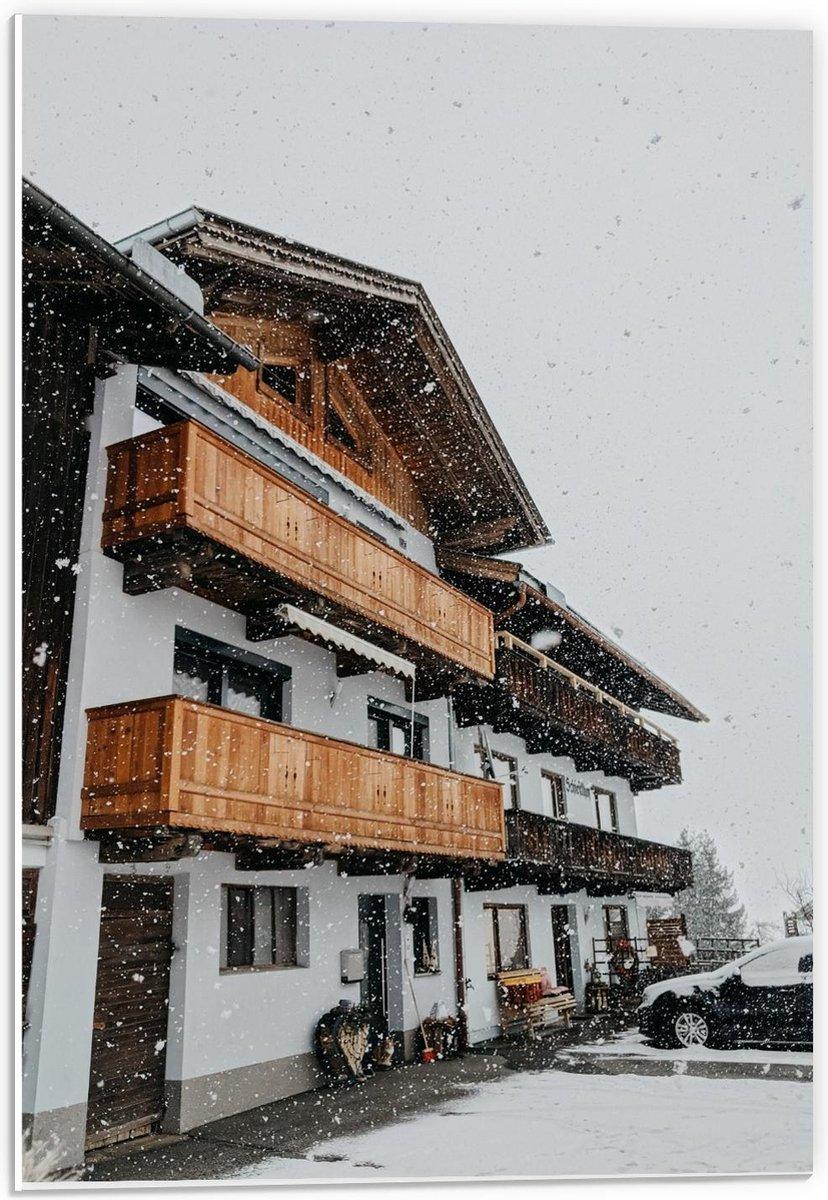 Forex - Gebouw tijdens de Sneeuw - 40x60cm Foto op Forex