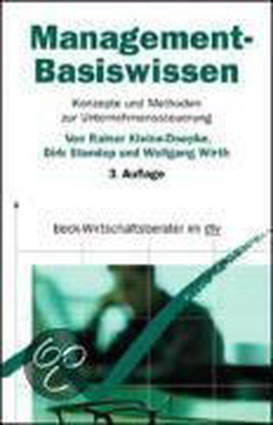 Boek cover Management-Basiswissen van Rainer Kleine-Doepke (Onbekend)