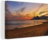 Zuid-Amerikaanse Ipanema-strand in Brazilië bij zonsondergang Canvas 60x40 cm - Foto print op Canvas schilderij (Wanddecoratie woonkamer / slaapkamer)