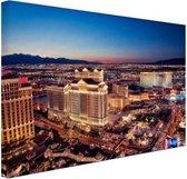 Nachtverlichting Las Vegas Canvas 120x80 cm - Foto print op Canvas schilderij (Wanddecoratie woonkamer / slaapkamer) / Steden Canvas Schilderijen