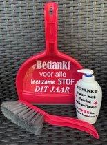 Kadoset Handveger & Blik Leerzame stof & Zeeppomp Was in goede handen Roze | Juf & Meester