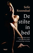 Boek cover De stilte in bed van Sofie Rozendaal