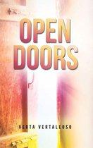 Boek cover Open Doors van Verta Vertaleoso