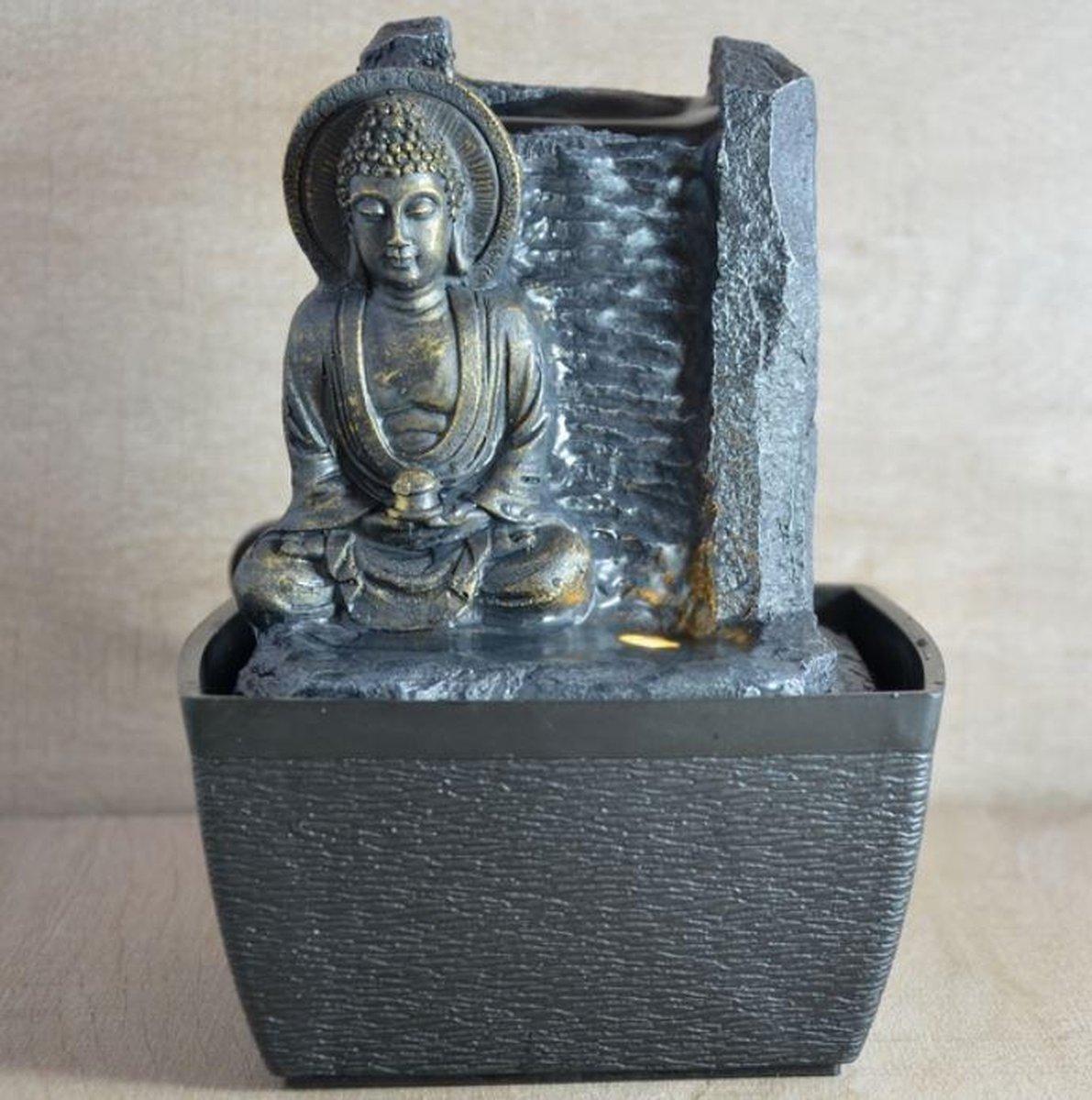 Sérénité Boeddha - fontein -interieur - fontein voor binnen - relaxeer - zen - waterornament - cadeau - geschenk - relatiegeschenk - origineel - lente - zomer - lentecollectie - zomercollectie - afkoeling - koelte