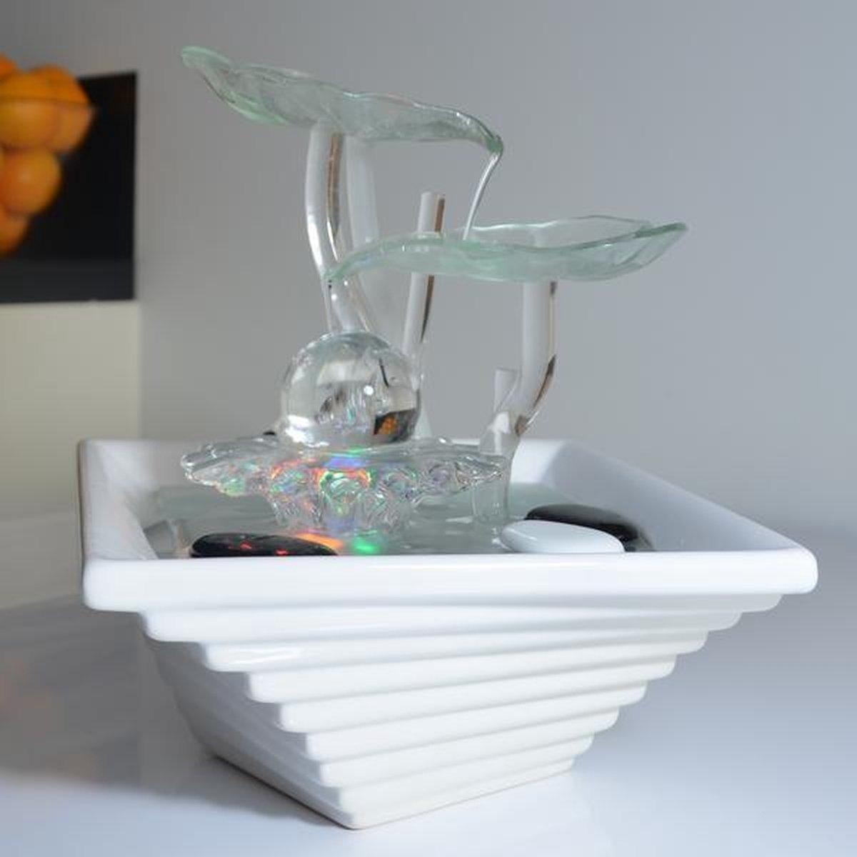 Cristal Line Flower 27 cm hoog - fontein - interieur - fontein voor binnen - relaxeer - zen - waterornament - cadeau - geschenk - verjaardag - kerst - nieuwjaar - origineel - lente - zomer - lentecollectie - zomercollectie - afkoeling - koelte