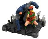 Dark Knight Returns Batman & Carrie PVC Figure