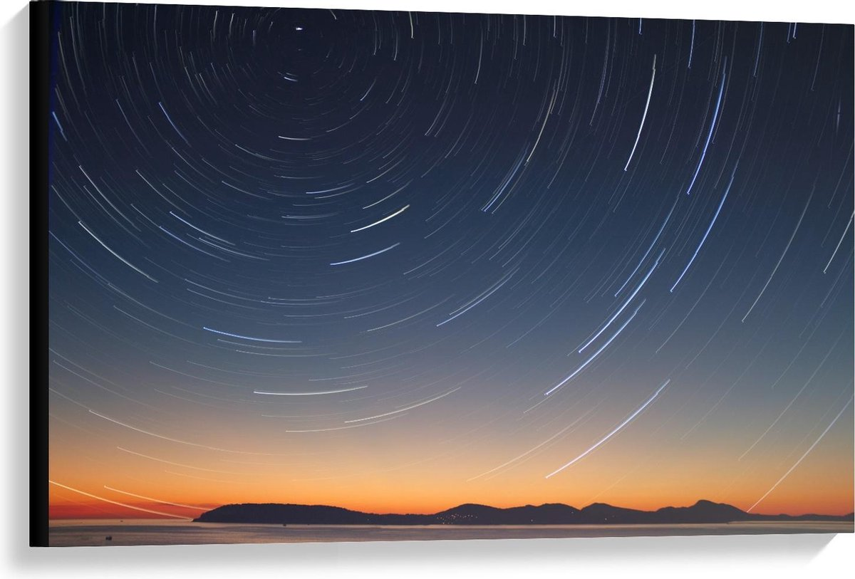 Canvas  - Lichtcirkel boven Bergen - 90x60cm Foto op Canvas Schilderij (Wanddecoratie op Canvas)