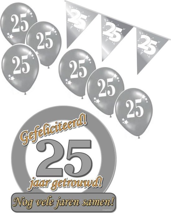 25 jaar getrouwd S - Jubileum pakket feestversiering - feestartikelen zilveren bruiloft - voor kleine woonkamer