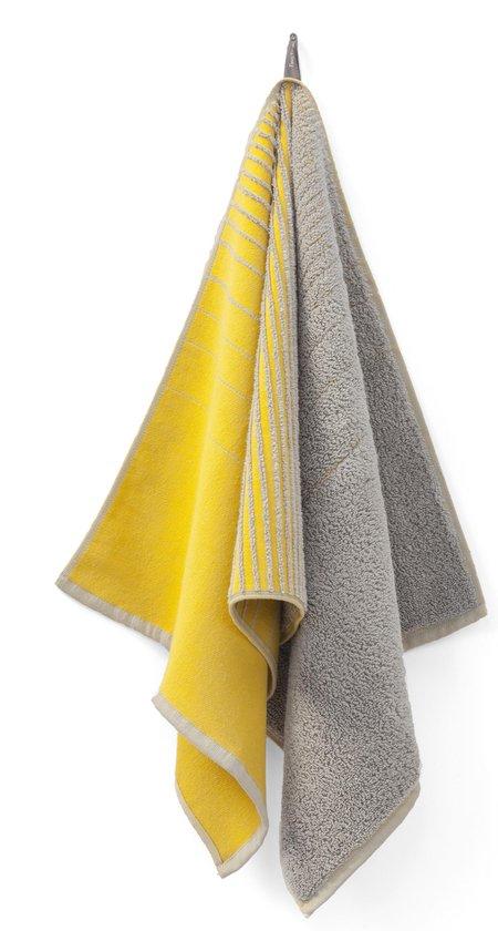 TweeDoek mosterdgeel & warmgrijs, design handdoek en theedoek in één!