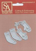 Simple Art snij en embossingmal met als thema winter, wanten en sokken