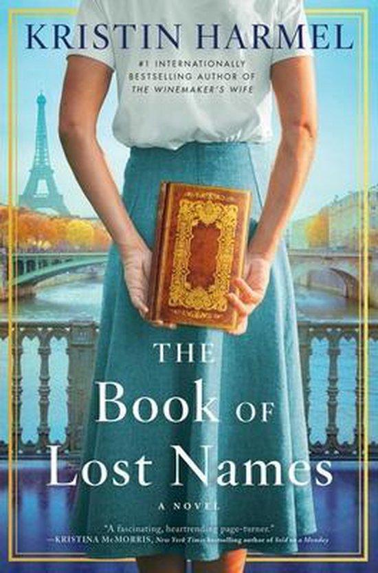 Boek cover The Book of Lost Names van Kristin Harmel (Hardcover)