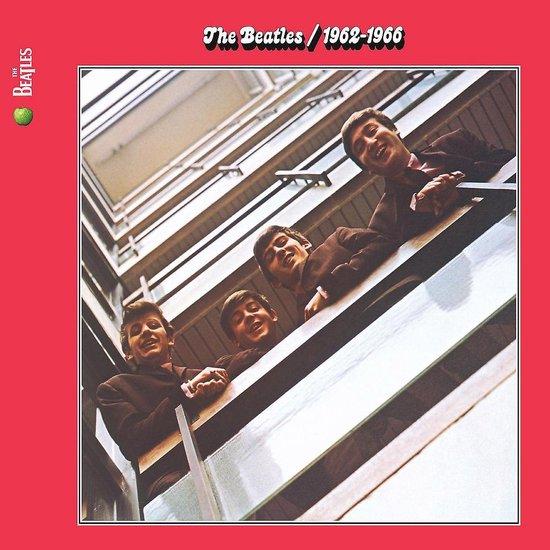 CD cover van 1962 - 1966 (Red) (Remastered) van The Beatles