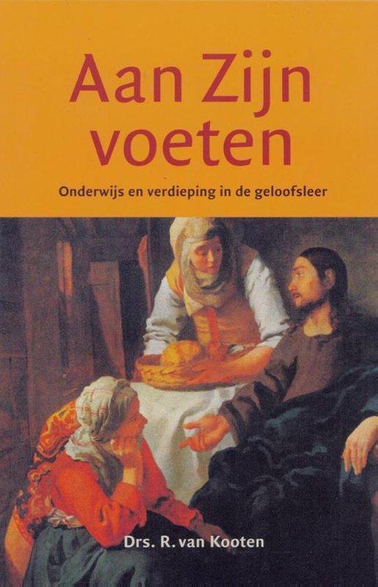 Aan Zijn voeten - R. Van Kooten  
