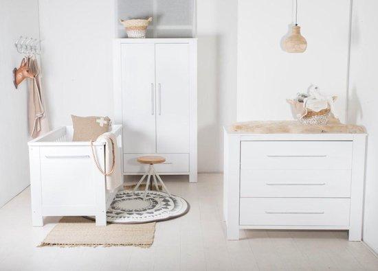 Product: Cabino - Babykamer Noel- 3-delige - Ledikant - Commode - Kledingkast - Wit, van het merk cabino
