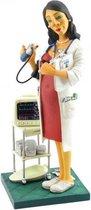 Huisarts – vrouw - dokter - beeldje – beroepen – professions – Guillermo Forchino – 10x10x24 cm