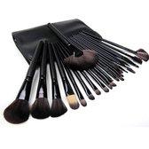 Femuniq Professionele Make-up Kwasten - Kwastenset - Zwart - 24 stuks
