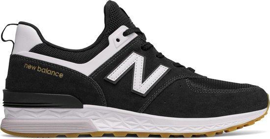 bol.com | New Balance 574 Sport Sneakers - Maat 43 - Mannen ...