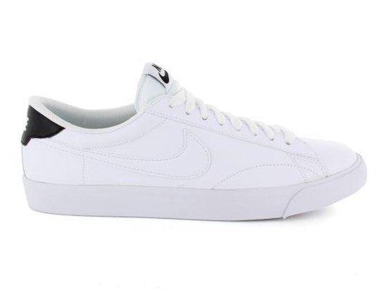 | Nike Tennis Classic AC Heren maat 40