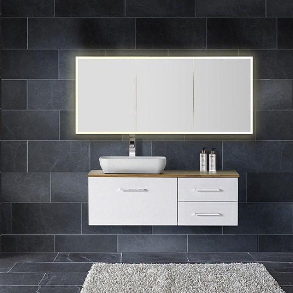 Spiegelkast Quatro 160x70x13cm Aluminium Geintegreerde LED Verlichting Sensor Lichtschakelaar Stopcontact Glazen Planken