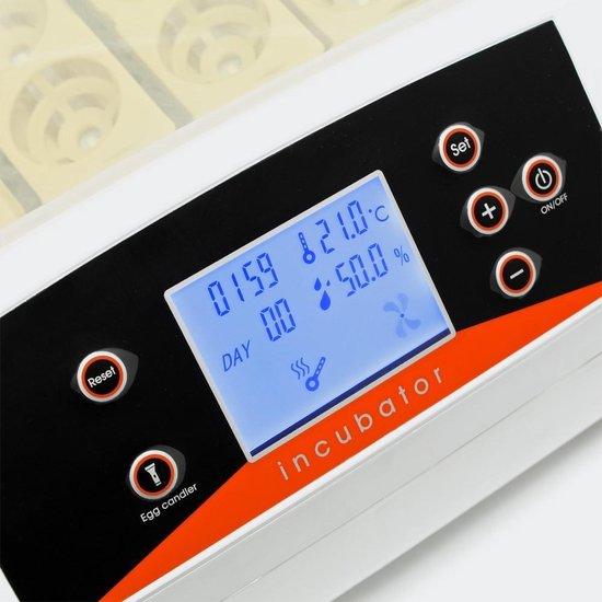 Broedmachine voor 56 eieren met  geïntegreerde schouwlamp.