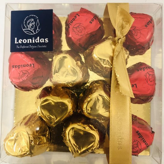 Chocoladecadeau | Leonidas Bonbons | Plexi met 12 Bonbons