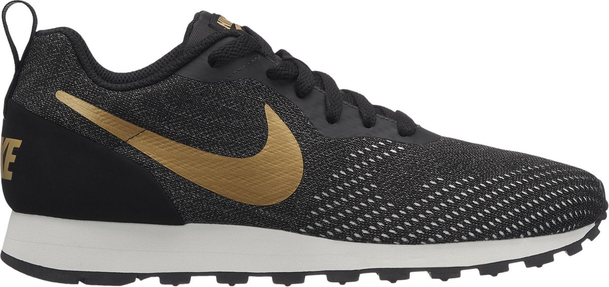 Nike MD Runner 2 Eng Mesh Sneakers Dames - Black/Mtlc Gold-Dk Grey-Phanto