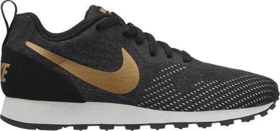 Nike MD Runner 2 Eng Mesh Sneakers Dames - Black/Mtlc Gold-Dk Grey-Phanto