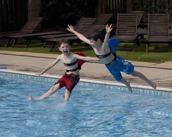 SwimFin zwemband - Rood | SwimFin maakt leren zwemmen leuk