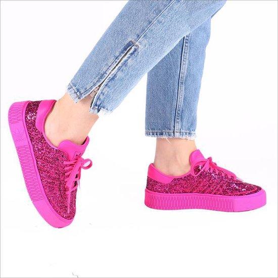 bol.com | Adidas Dames Sneakers Sambarose Wmn - Neon - Maat 38